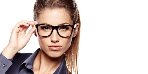 Contact Lenses vs glasses | Blog - Buy Contact Lenses in pakistan @ lenspk.com