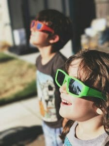 How the solar eclipse lenses protect your eyes from the sun